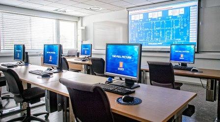 دورههای نرمافزاری و فنآوری اطلاعات (IT)